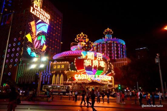 Casino Lisboa, anyone for gambling?