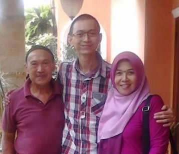 Last photo with my dad, before I left to Christchurch on 26 January 2015.